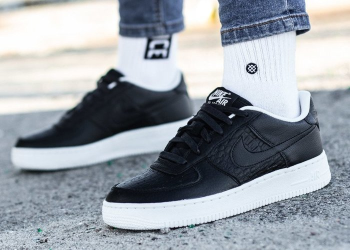 Nike Air Force 1 GS (820438-012)