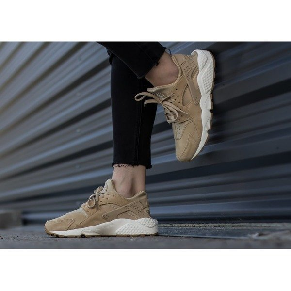 Nike Air Huarache Run SD (AA0524-200)