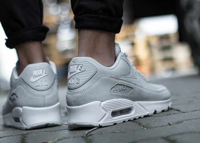 Nike Air Max 90 Essential (AJ1285-002)