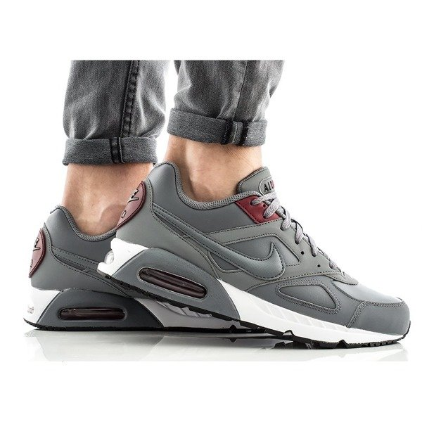 Nike Air Max Ivo Leather (580520-006)